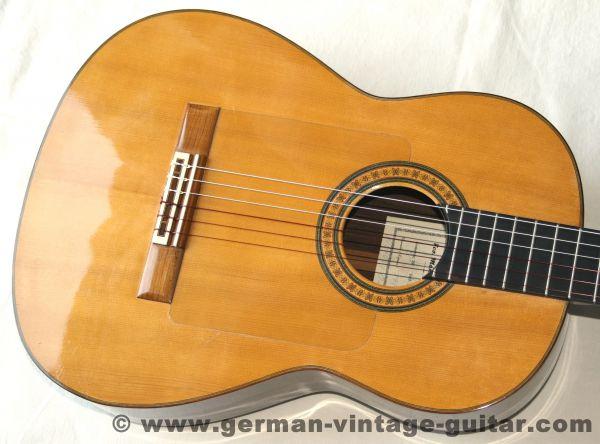 "Spanische Flamenco-Nero-Meistergitarre Francisco Manuel Diaz, Modell ""Agosto"" von 1981,"