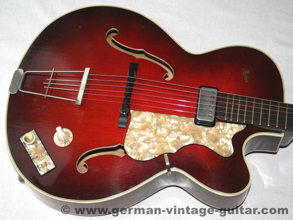 Jazz-/Schlaggitarre Höfner 457 S E1 T aus der Zeit zwischen 1959 und 1962