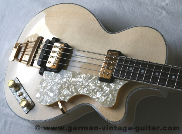 Höfner 500/2 Club Bass, New Old Stock, Baujahr 1968/2015, neu aufgebautes Original