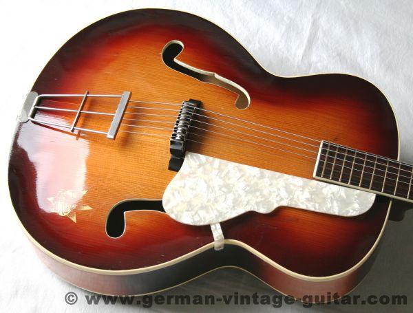 "Jazz-/Schlaggitarre Hoyer, Modell ""Famos 14"", ca. 1957-60"