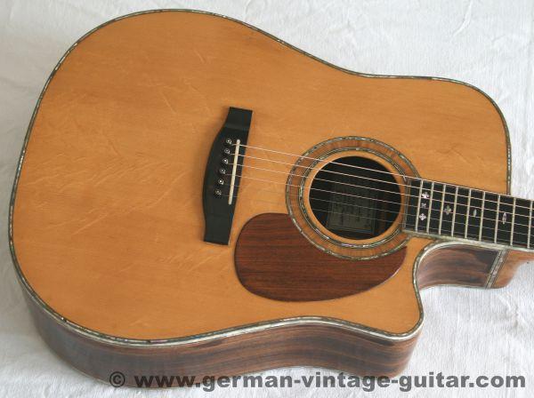 6-saitige Westerngitarre UB, Modell DC-Custom von 2001, toller Sound, reich verziert