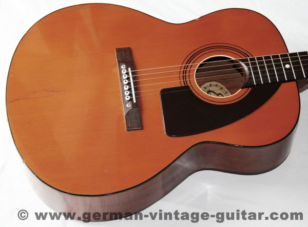 """6-saitige italienische Western- und Folkgitarre Eko """"Navajo 6"""" von 1975, Originalzustand"""