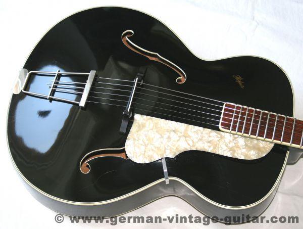 Jazz-/Schlaggitarre Höfner 458, ca. 1957-58 mit Mahagoni-Korpus