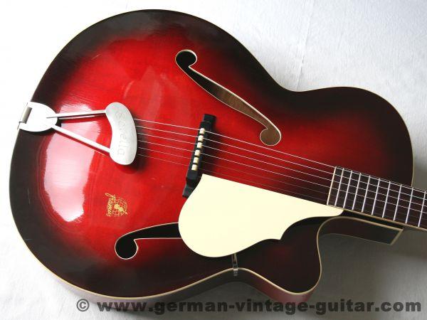 Jazz-/Schlaggitarre Framus Sorella 5/59 von 1962, sehr niedrige Saitenlage