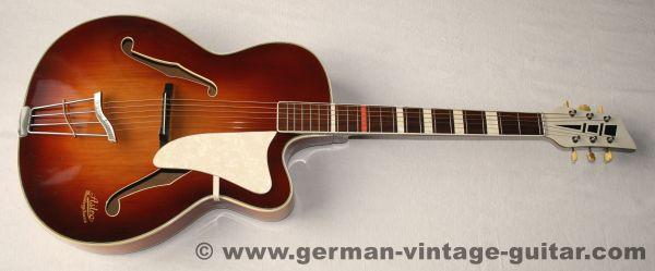 Astro Meistergitarre, August Strohmer, ca. 1964