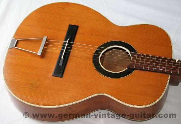 6-saitige Westerngitarre Arnold Hoyer von Anfang der fünfziger Jahre