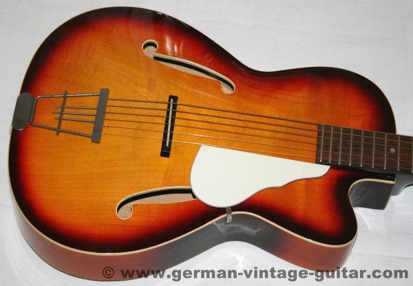 6-saitige Klira Jazzgitarre, frühe siebziger Jahre