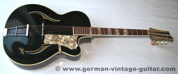 Isana Black Pearl, 1958 (Das Elvis-Modell)