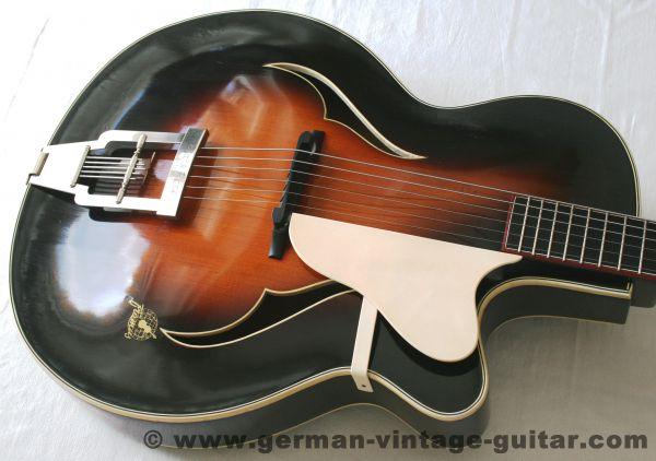 Jazz-/Schlaggitarre Framus Black Rose de Luxe 5/72 von 1953-55, Traumzustand nach Überholung